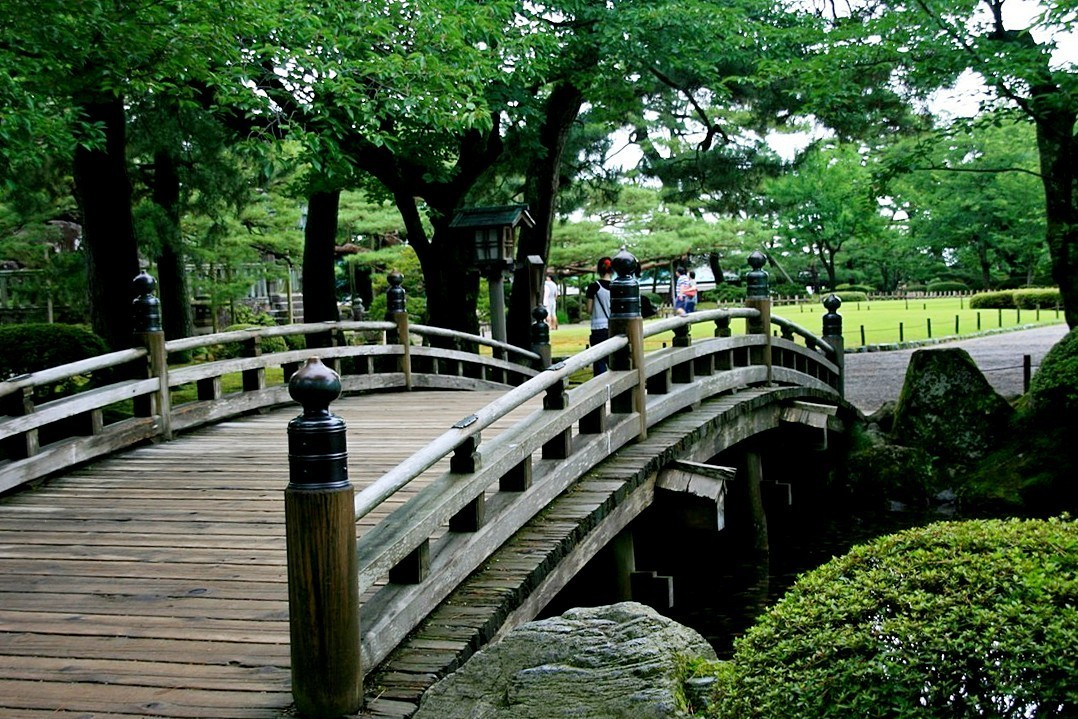 Japanese Garden Bridge (14)