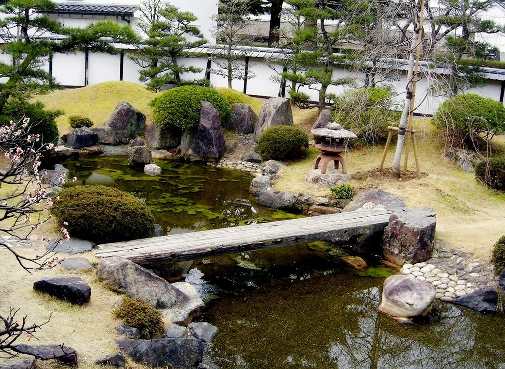 Japanese Garden Bridge (29)