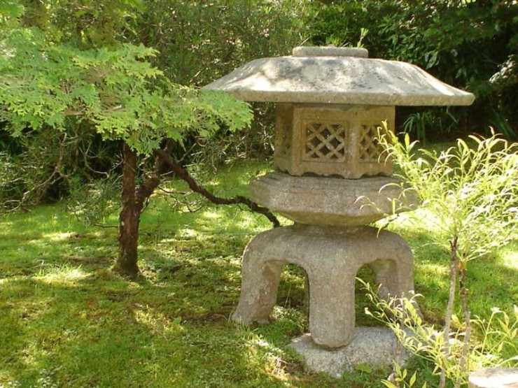 Japanese Garden Ornaments (29)