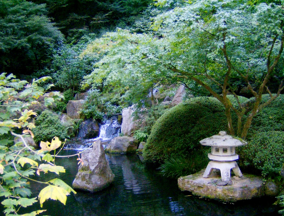 Japanese Garden Waterfall (4)