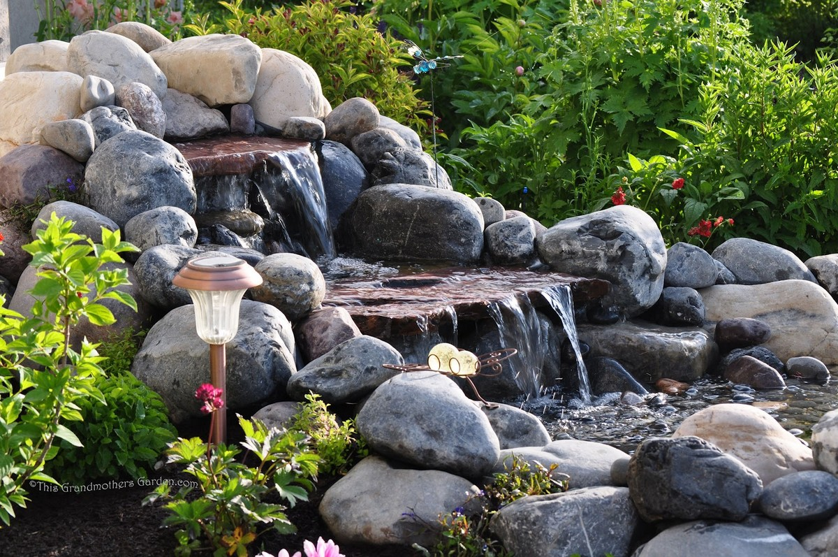 Japanese Garden Waterfall (59)