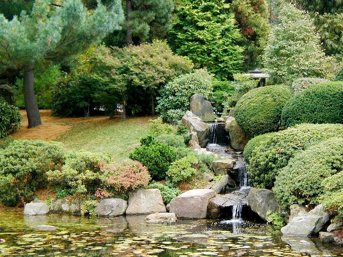 Japanese Garden Waterfall (72)