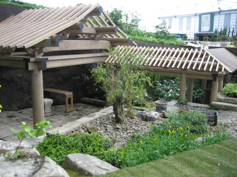 The Basic Steps in Building Japanese Garden (1)