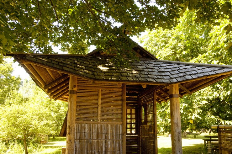 Various Japanese Garden Structures (21)